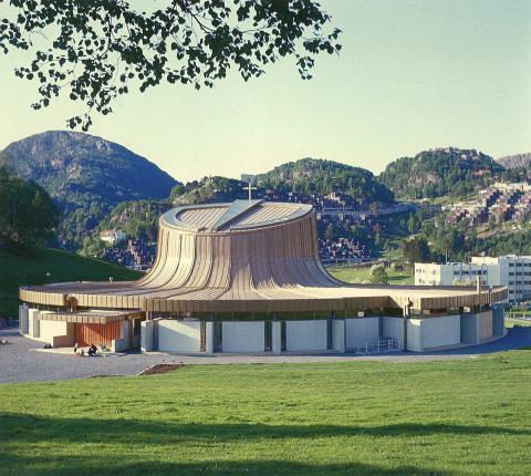 Fyllingsdalen kirke, Bergen. Foto arkitekten.